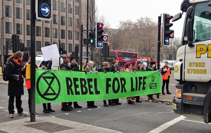 Extinction Rebellion Blocks Ambulances inLondon