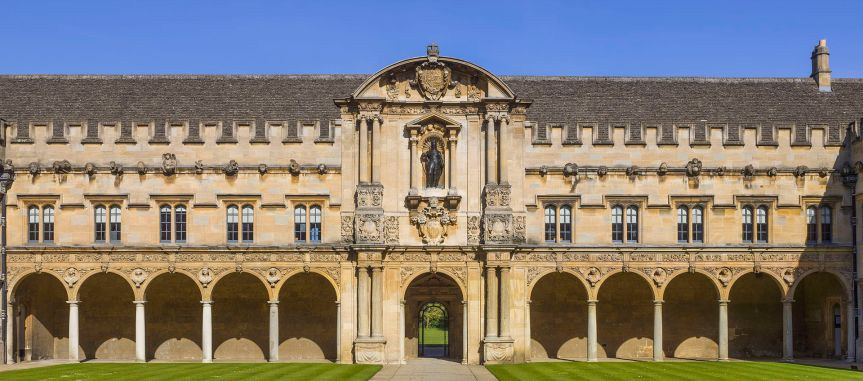 Oxford Professor Flips Script on Divestment Students